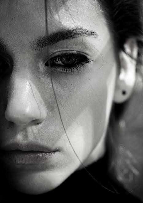 صور حزينة للبنات (3)