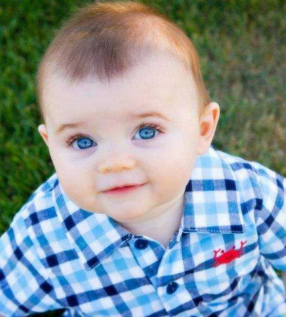 اطفال عيونهم زرق ـ اجمل صور اطفال بعيون زرقاء